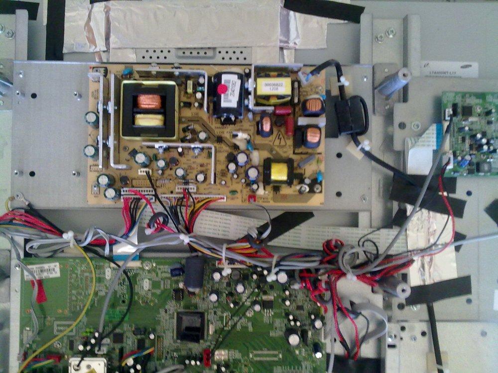 Reparar una TV LCD que se apaga sola (1/3)