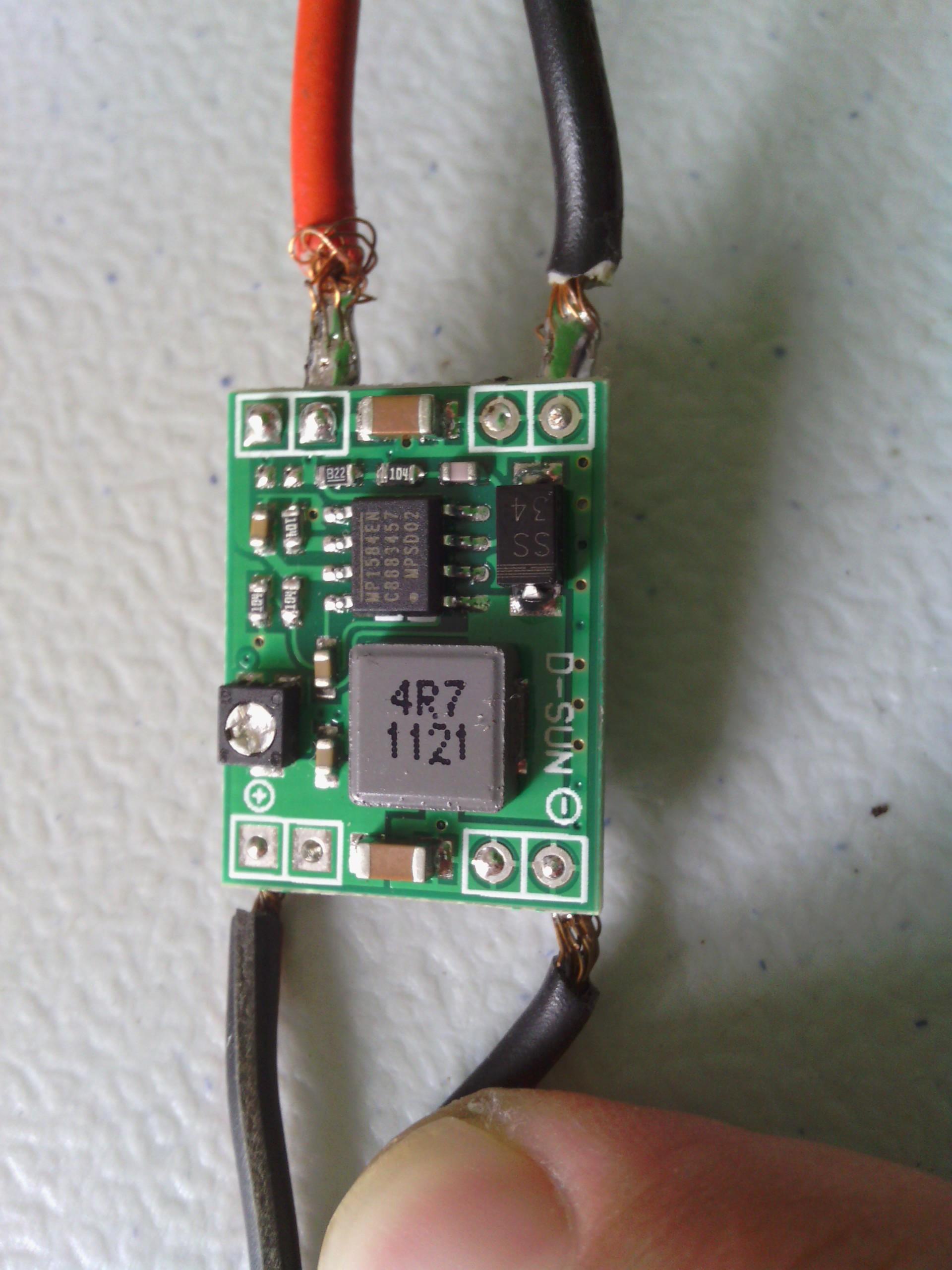 Circuito Bluetooth Casero : Construcción de una fuente variable conmutada por menos de 2