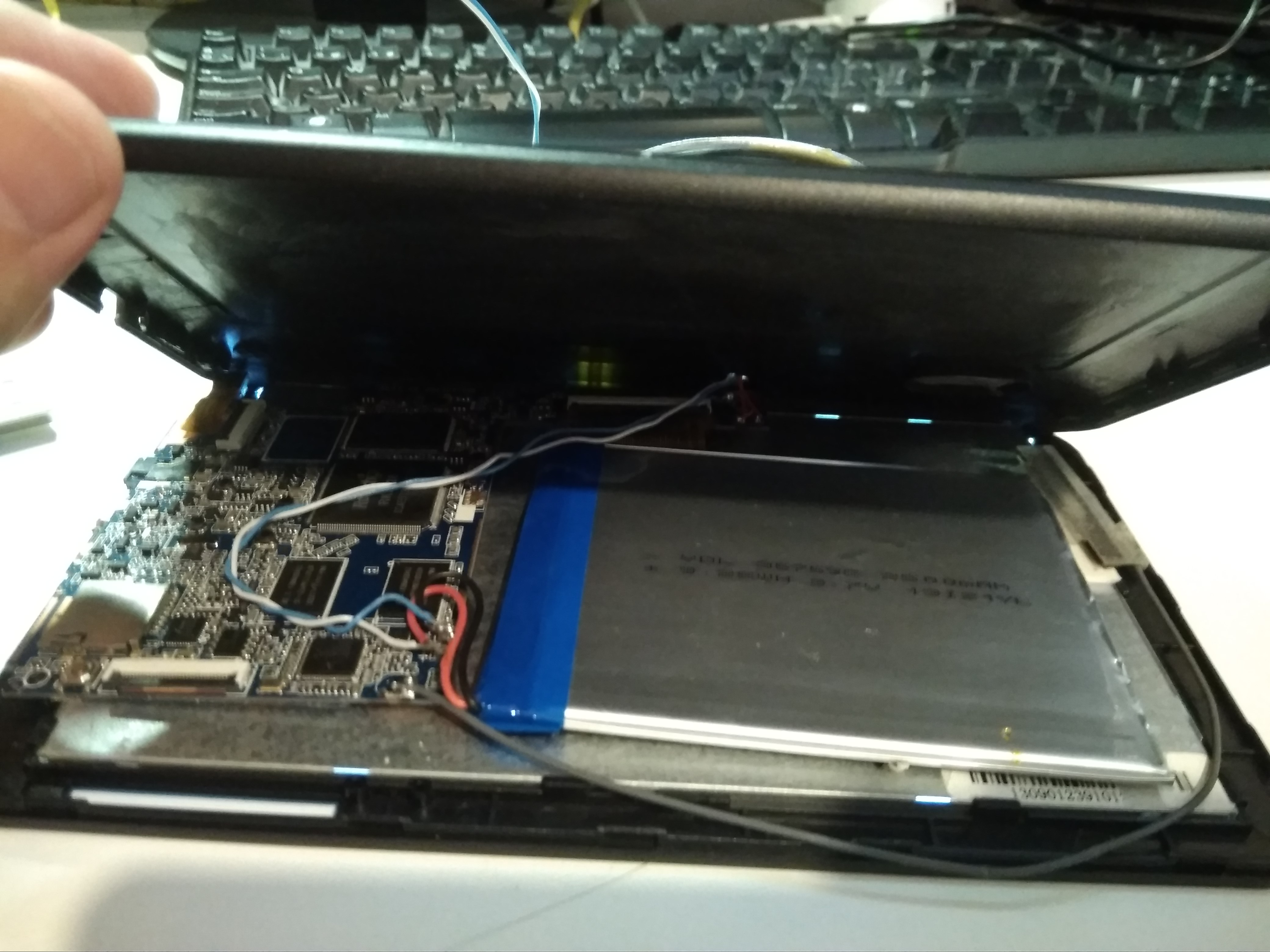 Conversión de una tableta con la pantalla rota en una estación ...
